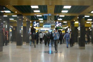 سقف کاذب ایستگاه متروی صادقیه